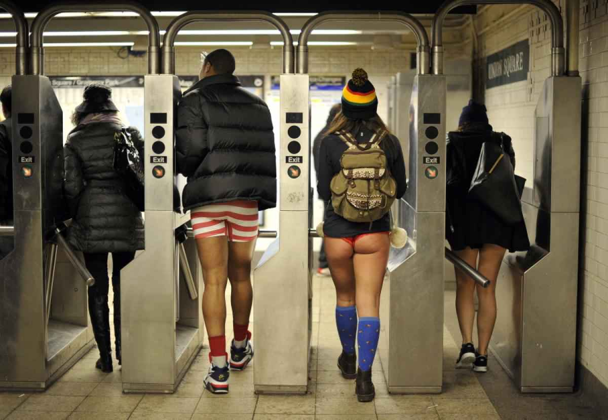 no pants subway ride new york city