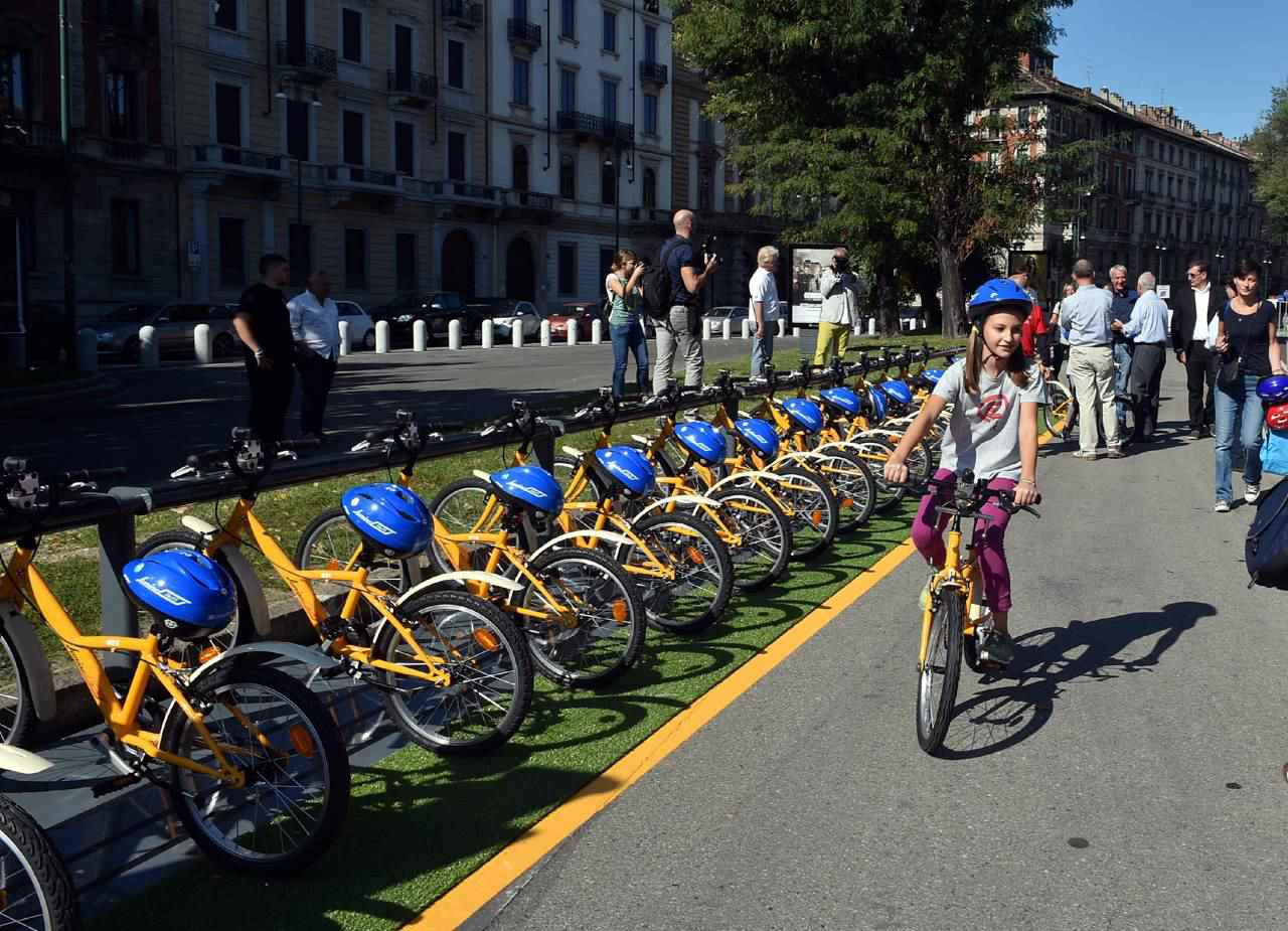 Bikemi arriva a milano il bike sharing per i pi piccoli for Mobile milano bike sharing