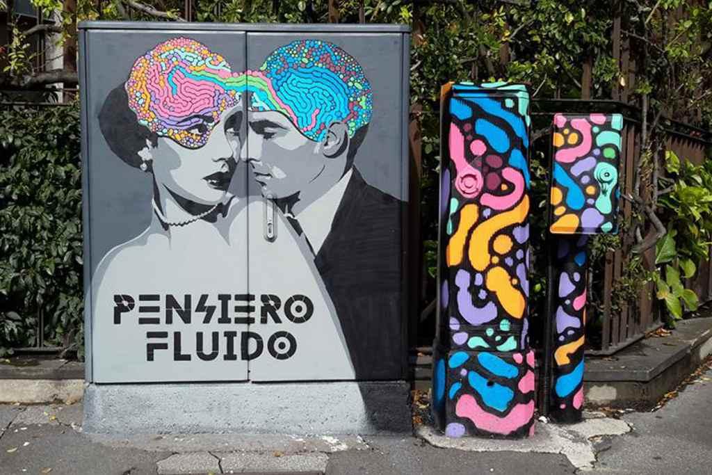 Centraline dei semafori street art Milano