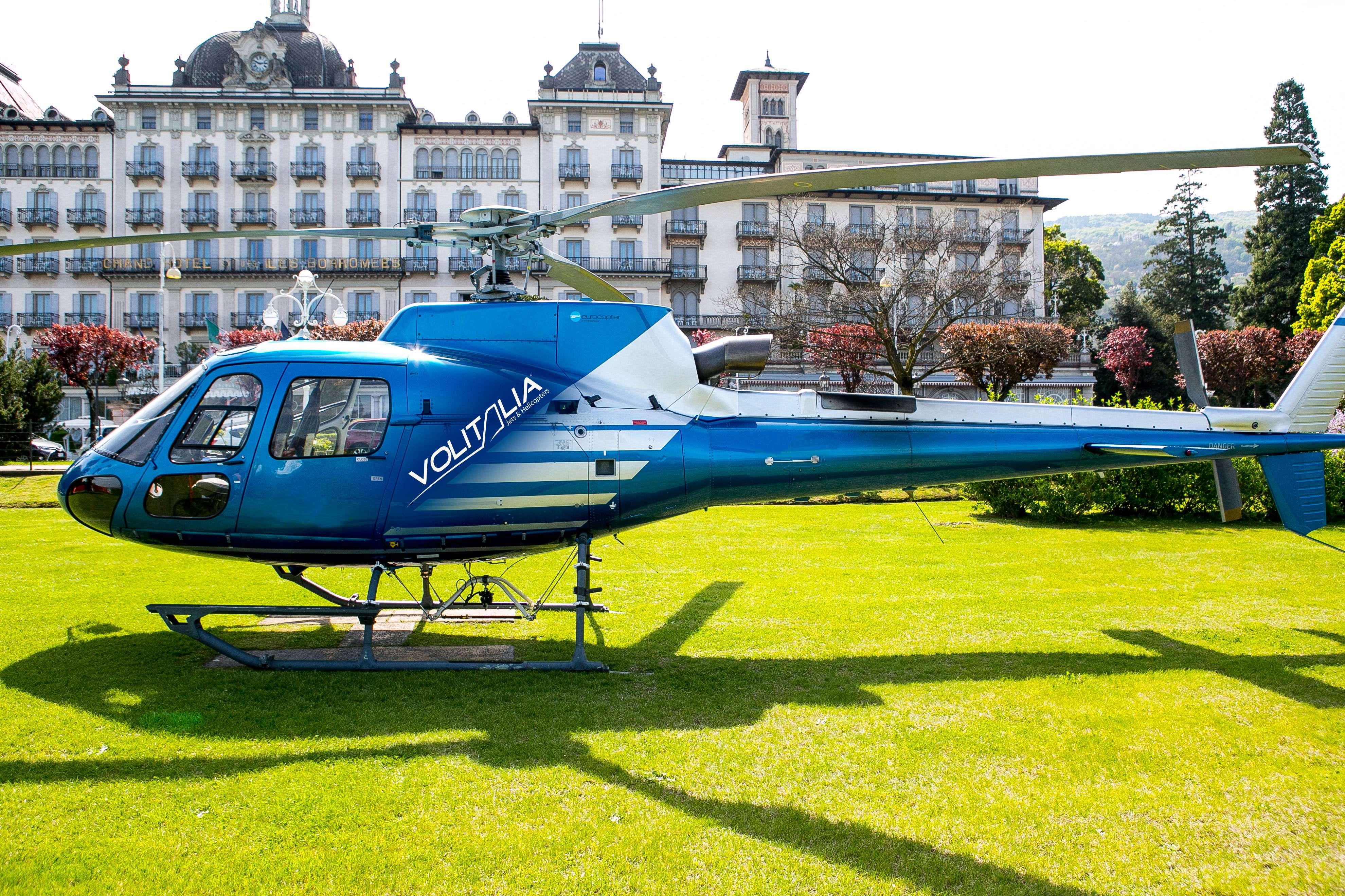 Elicottero Milano : Tour elicottero isole borromee lago maggiore milanoevents.it