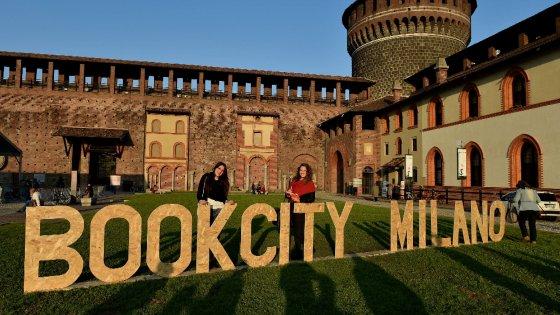 Bookcity milano invasa di libri con mille eventi e 1500 for Book city milano