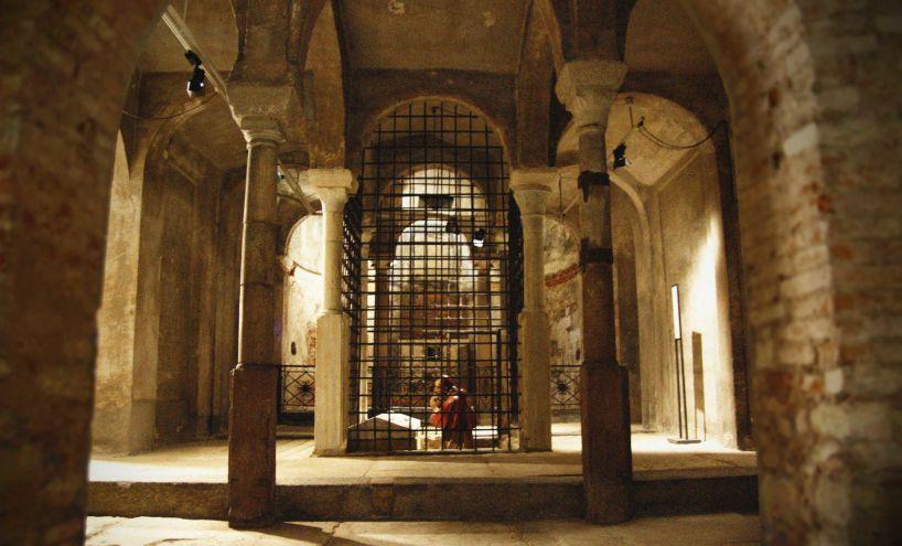 cripta di san sepolcro