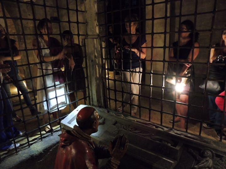 Featured image for 'Cripta di Leonardo a mezzanotte | Lume di lanterna'