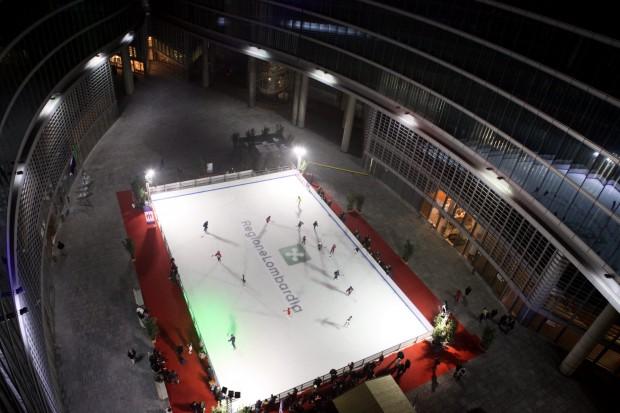 regione lombardia pista di pattinaggio sul ghiaccio
