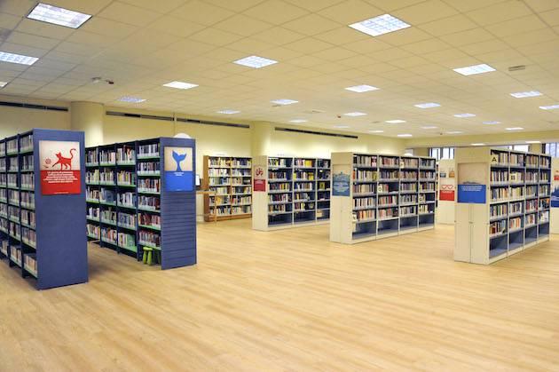 biblioteca gallaratese milano