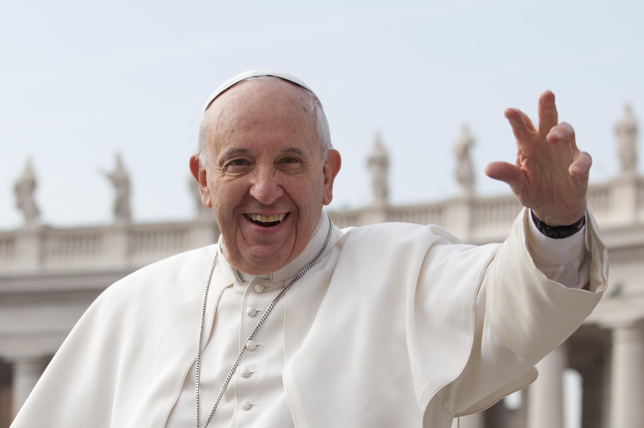 Risultati immagini per foto del papa francesco