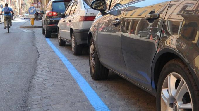 strisce blu milano rincari