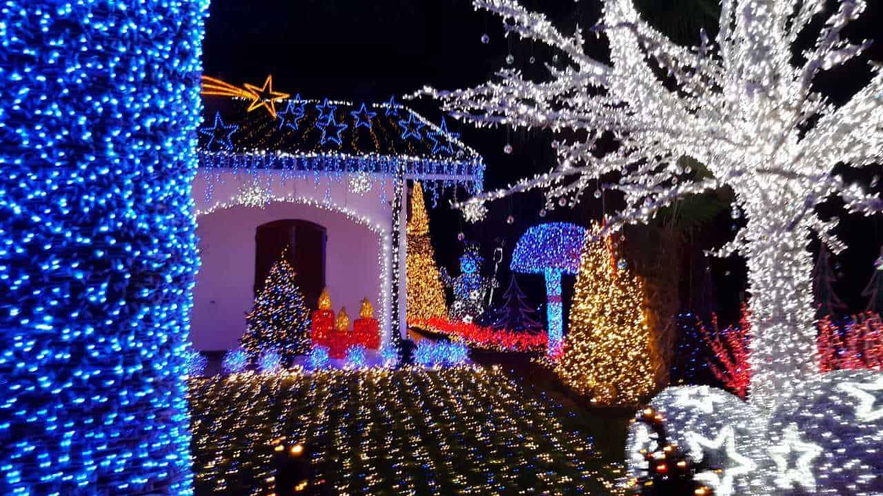 La Casa Di Babbo Natale Immagini.Melegnano La Casa Di Babbo Natale Torna A Illuminarsi Ecco Le Novita