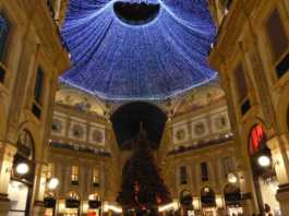beppe sala luci natale MILANO