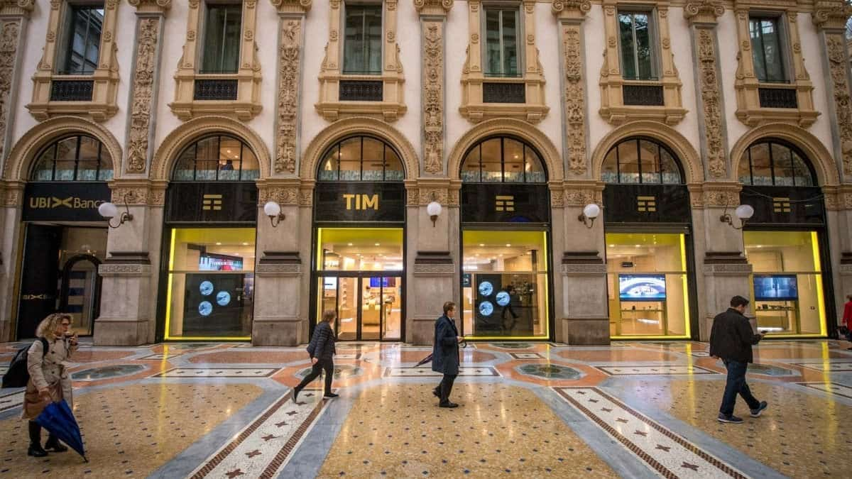 FRATELLI ROSSETTI: aprirà un negozio in Galleria Vittorio