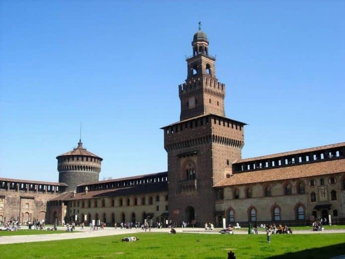MILANO mostra castello sforzesco