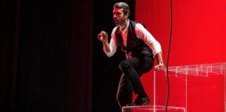luca argentero teatro manzoni milano 2020