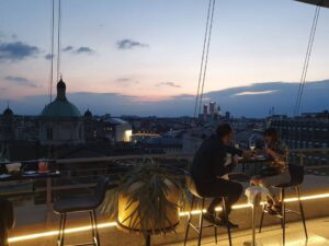 THE ROOF MILANO SUSHI APERITIF