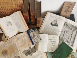 kasa dei libr vecchi libri in piazza
